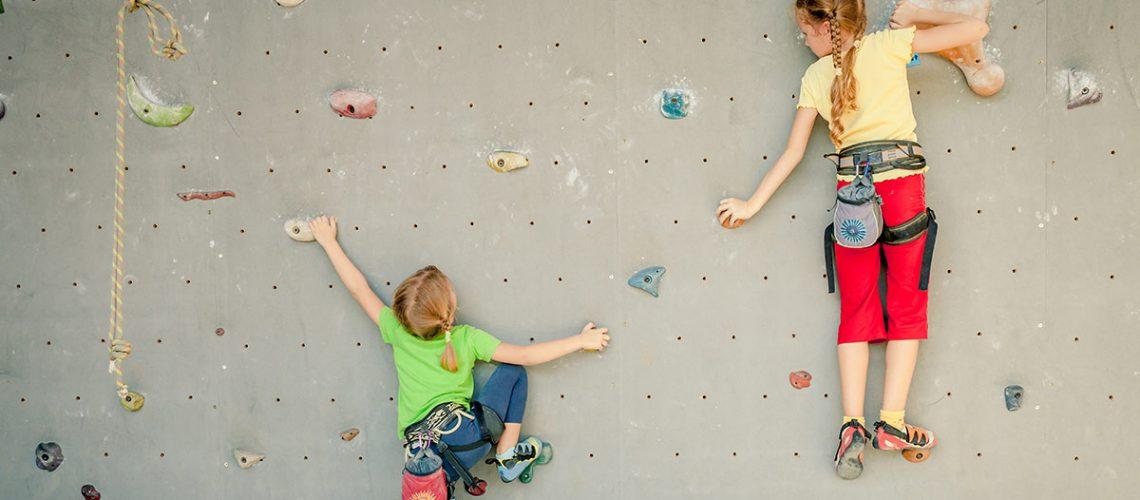 kids-climbing-activity