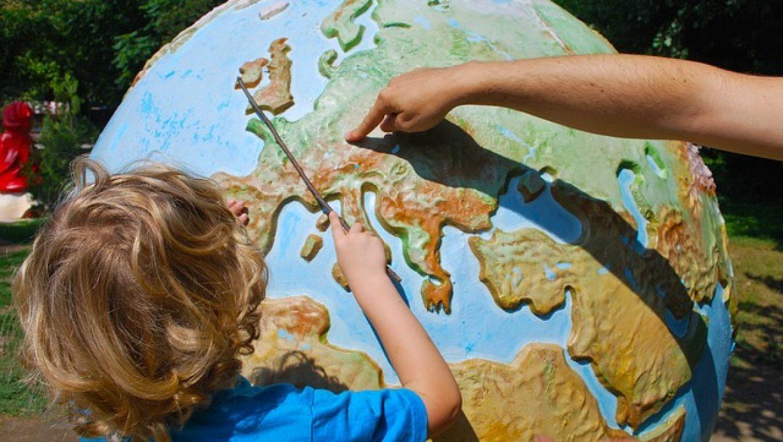 איך לפתח את מיומנות הילד בגיל צעיר?
